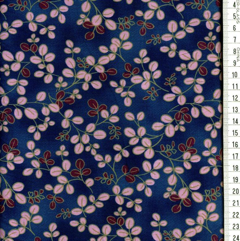 petites fleurs mauves bordeaux fond bleu fonc roland besset l 39 incontournable du patchwork. Black Bedroom Furniture Sets. Home Design Ideas